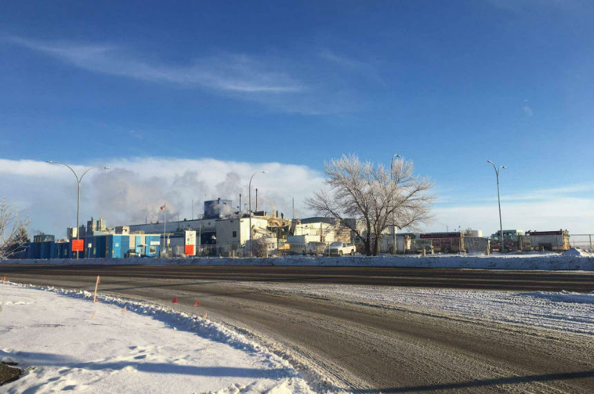 Crews spend hours at Saskatoon chemical plant fire