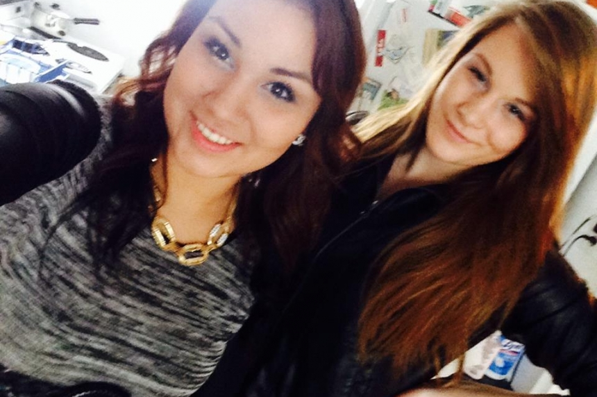 Facebook selfie clue helps convict Canadian woman who killed her friend