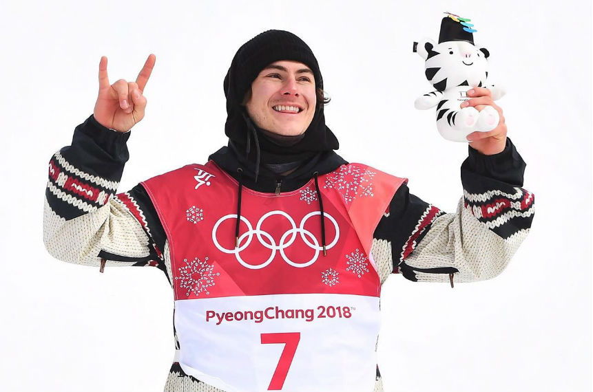 American Kyle Mack takes silver in big air snowboarding debut