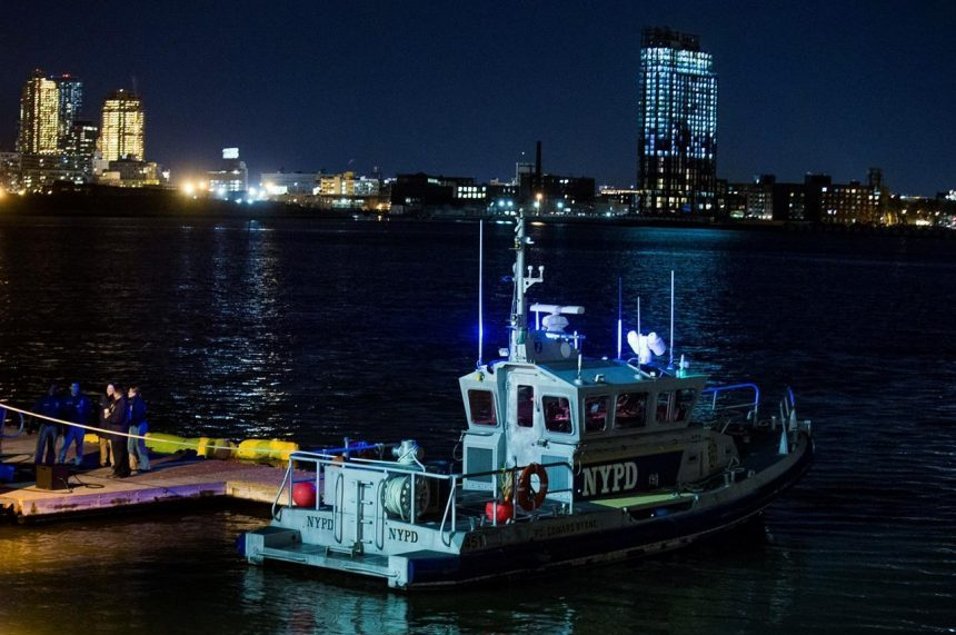 Helicopter crashes in NYC's East River, 5 passengers dead