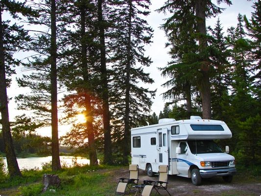 """Wheel Estate"" - The Airbnb for RV Rentals On The Road in Alberta"