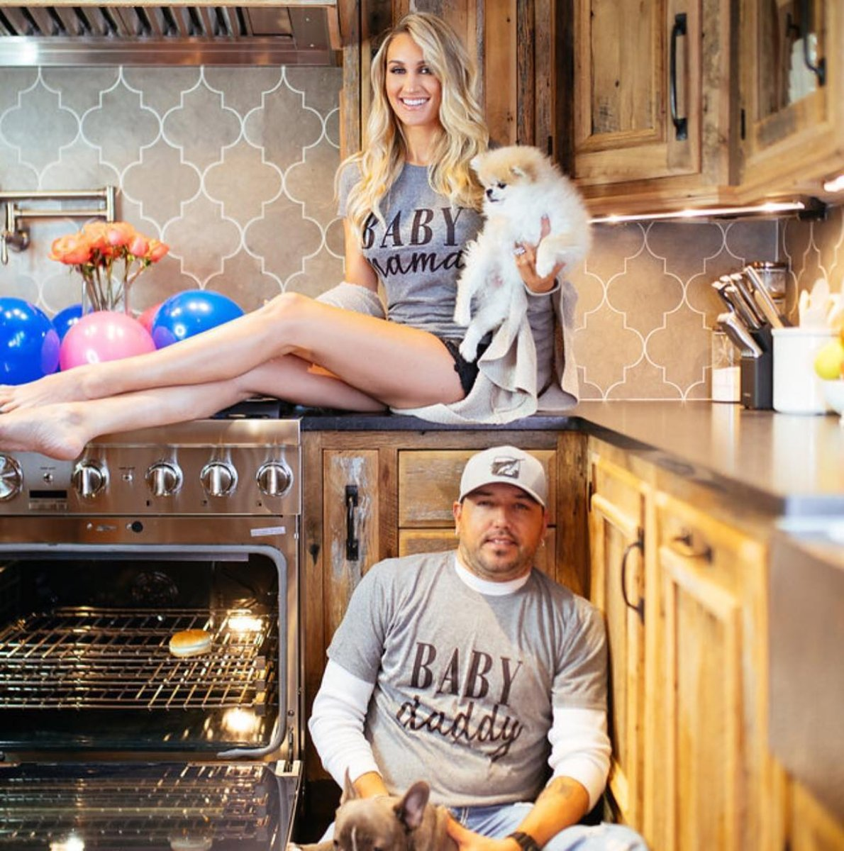 BREAKING: Jason Aldean and Wife, Brittany Having a Baby!