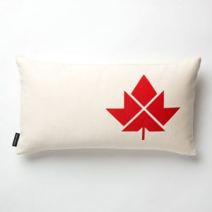 maple-leaf-throw-pillow