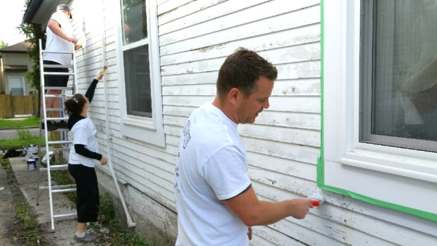 House needs a Paint Job and you can't afford it , Take Pride Winnipeg can help!
