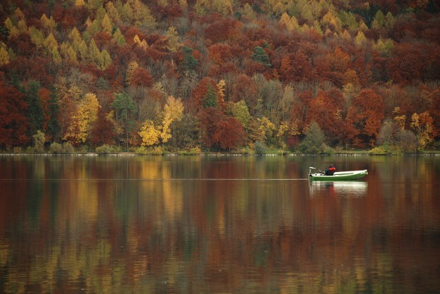 Are  you  ready for  FALL Boating!