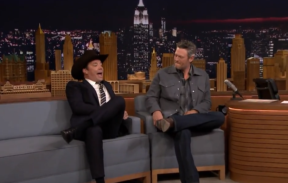 Jimmy Serenades Blake Shelton On The Tonight Show