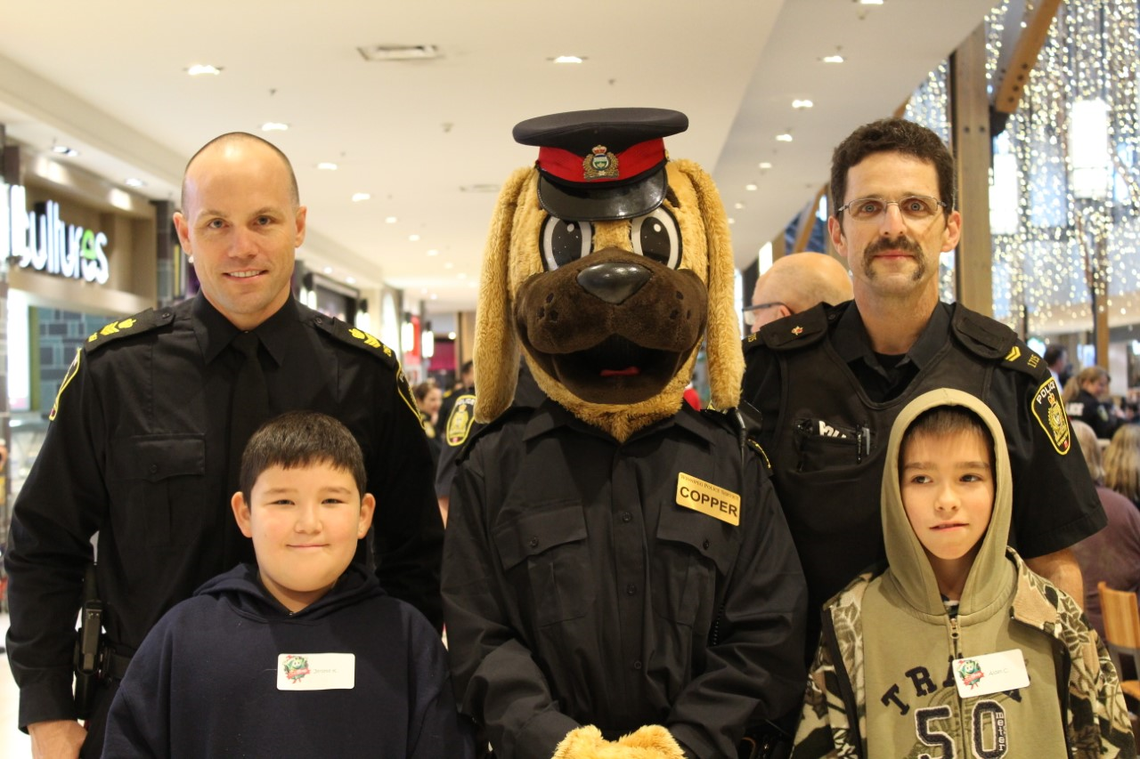 Cops  ' n Kids  take over St. Vital Center TODAY!