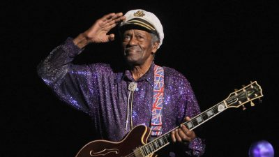 Fans Pay Final Respects to Chuck Berry
