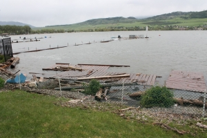 okanagan-lake-dock-damage-2017