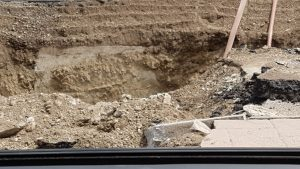 sinkhole-hwy-97-11-close-up-of-hole-from-russ
