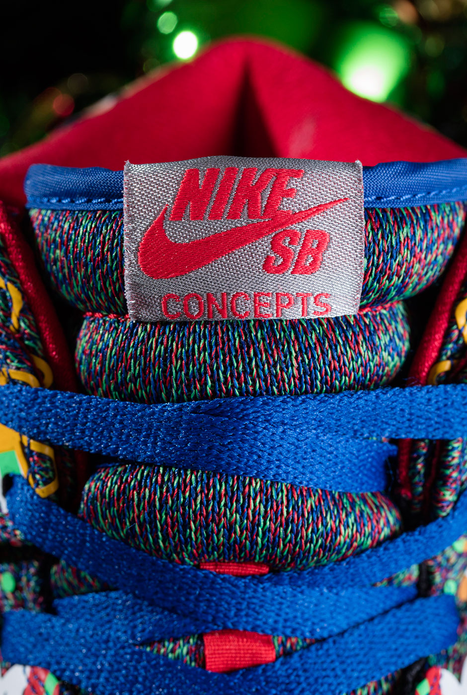 Wanna see Nike's Ugly Christmas Sweater SNEAKER?  Sure ya do..