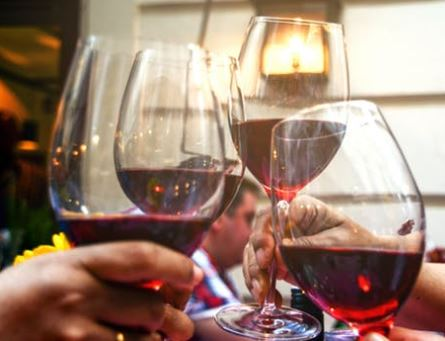 Winery Gets Lounge Endorsement