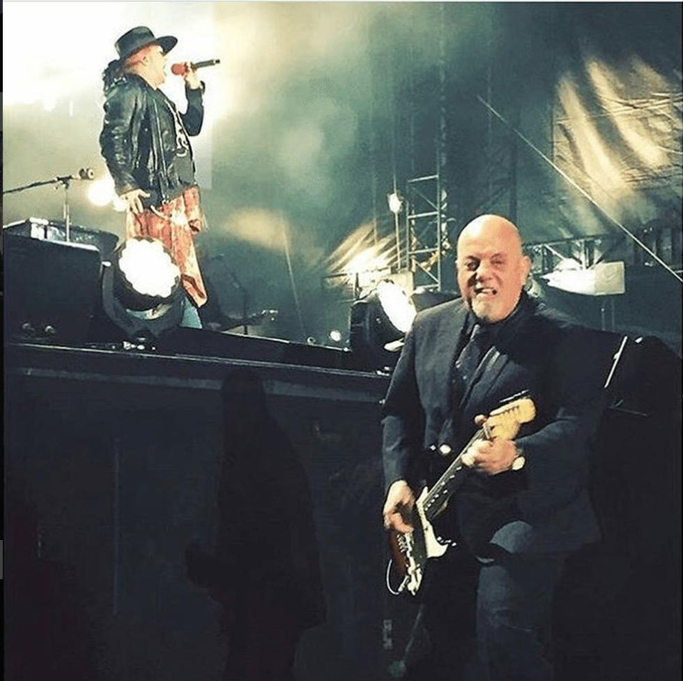 Axl Rose + Billy Joel do AC/DC