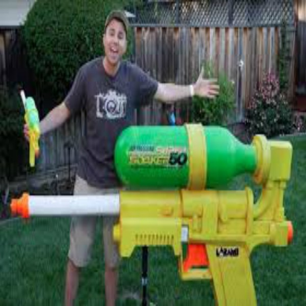 World's LARGEST SUPER SOAKER!!