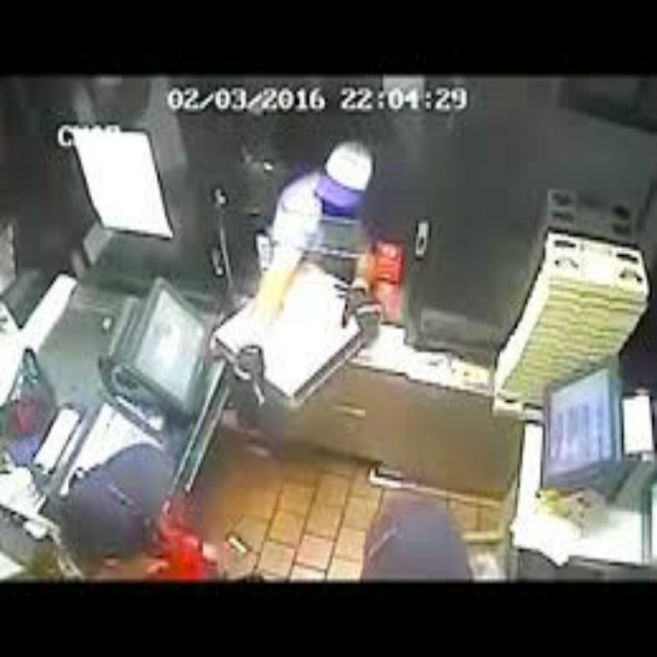 Ozzy Man Reviews: Robbery Fails