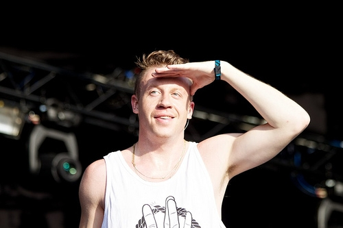 """MACKLEMORE Calls Out Miley Cyrus & Iggy Azalea in the song """"White Privilege II"""""""