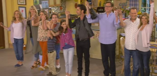 Fuller House is coming our way in exactly one month! Here's a glimpse..