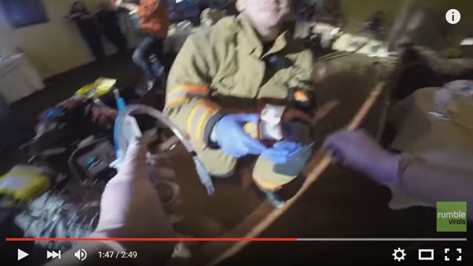 Paramedic Gets Call To Scene Where She Is Surprised With A Ring And A Proposal - WATCH