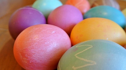 Parents turn Easter egg hunt into complete chaos