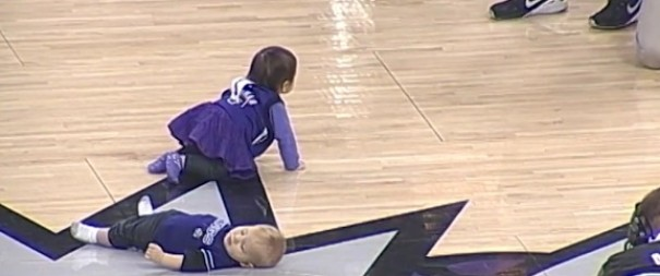 WATCH:Baby Loses a Race By Taking a Nap