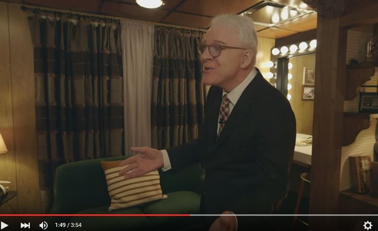 Steve Martin sings a song about how he doesn't want to do the Tonight Show
