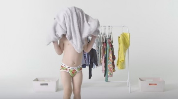 WATCH:Kids dressing themselves for the first time is hi-larious!