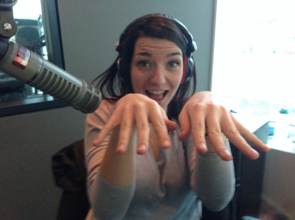 The Beat Breakfast Laura Geddes Beauty Series:Dave and Carlos do Laura's nails!
