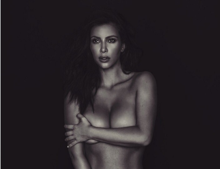 Kim Kardashian Is Feuding With THREE Celebrities On Twitter Over Her Nude Selfie!