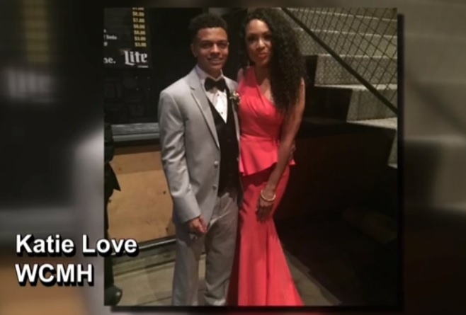 Ohio high school student takes mom to prom