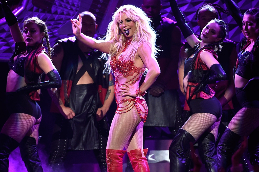 BRITNEY!!!!! And other PERFORMANCE Highlights from the BBMA's  (WATCH)