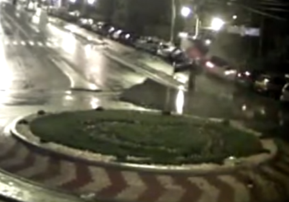 WATCH! This is what happens when you mess up a roundabout!