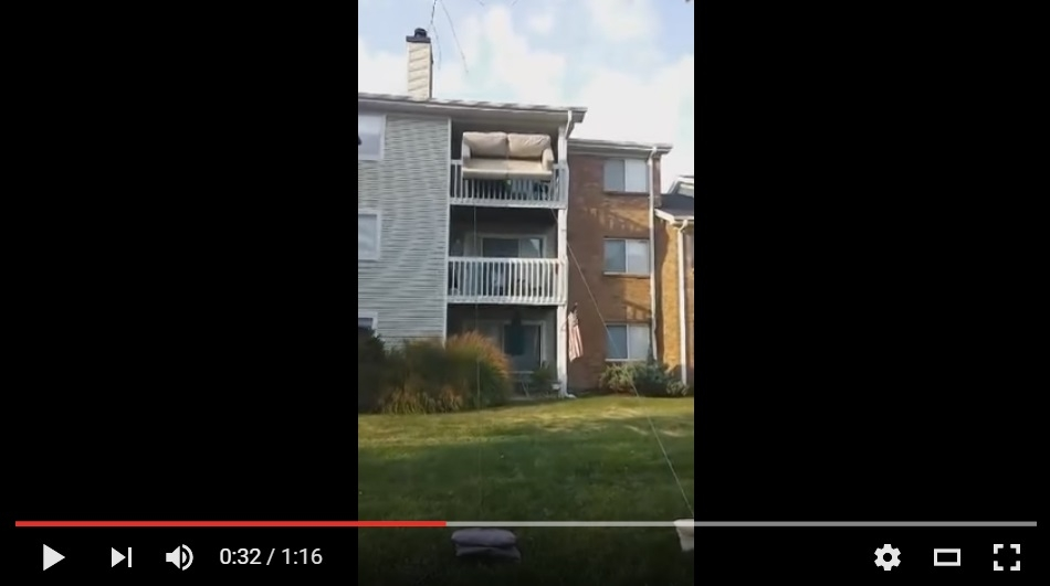 This Is The Most Ingenious Way To Move A couch From A Top Floor - WATCH