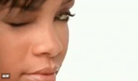 ICYMI:Rihanna can't wink