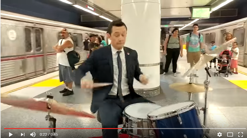Joseph Gordon-Levitt Wants You To Be Apart Of His 'Everyday Spectacular - WATCH