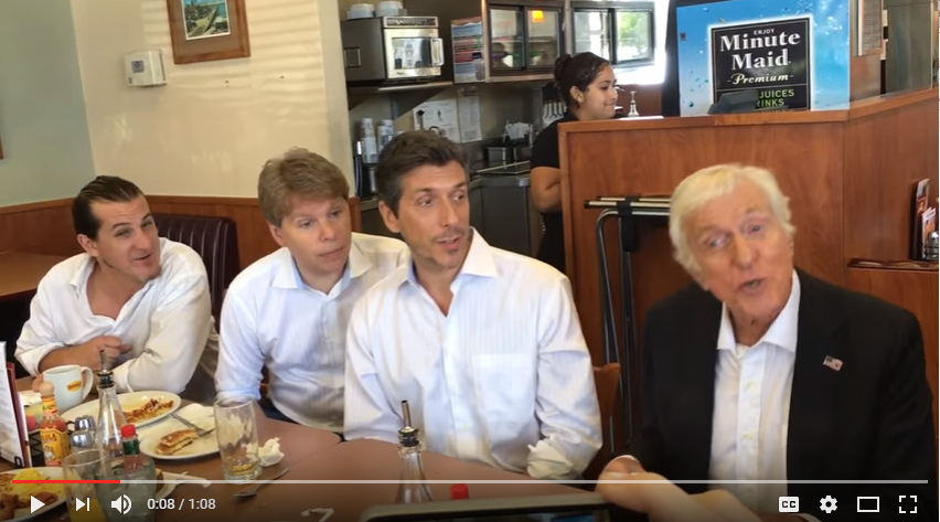 Stop Everything! Dick Van Dyke Randomly Sang 'Chitty Chitty Bang Bang' At A Denny's & It's Magical - WATCH