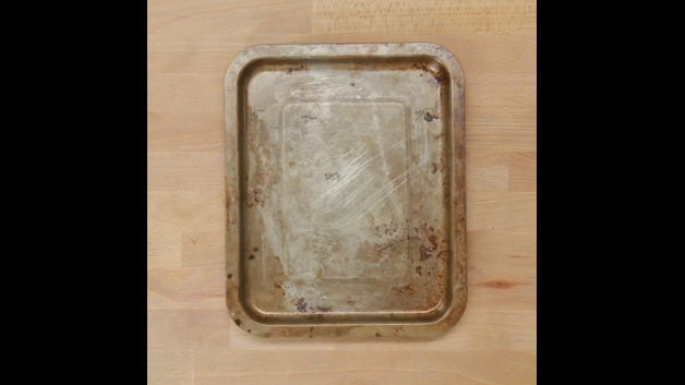 Too Lazy To Clean A Rusty Burnt Cookie Sheet? This Hack Is About To Change Your Life - WATCH