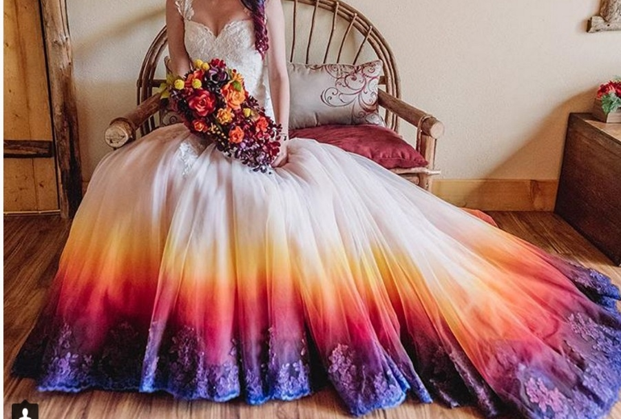 Dip Dye Wedding Dresses Is The Latest Trend- Would You Try It ...