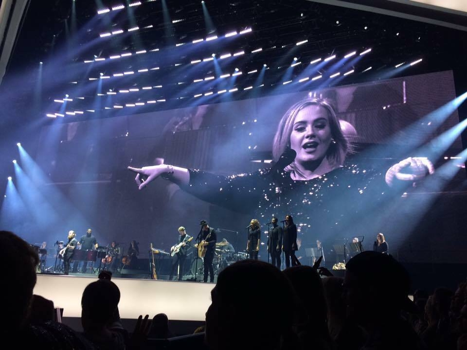 Adele Gets Entire ACC To Sing Happy Birthday To Steffanni During First Night Stop In Toronto - WATCH
