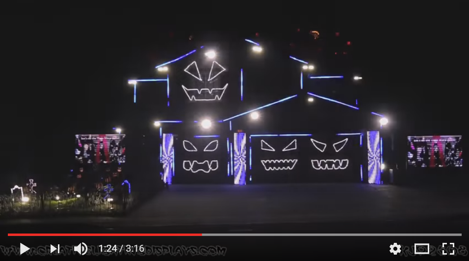 The 'Halloween Light Show' Turns Its Lights On To Do The 'Time Warp' This Year! - WATCH