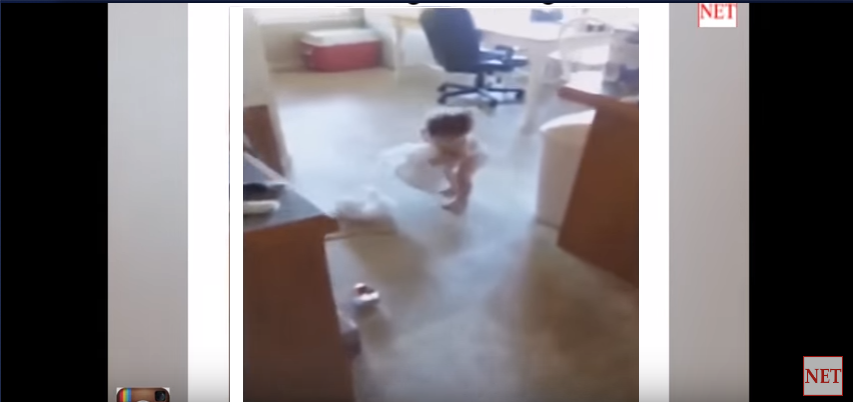Mom Catches Little Girl Stealing Plastic Bags Is Everyone When They Get Caught Doing Something - WATCH