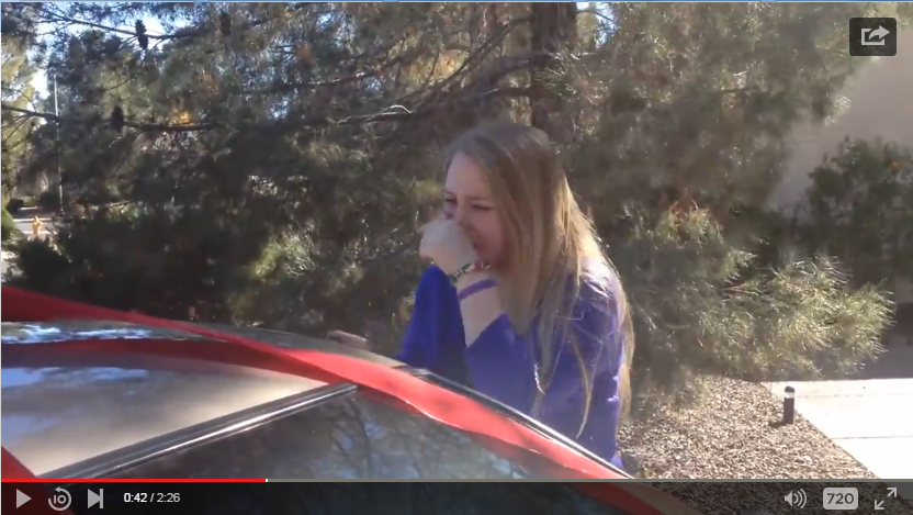 Parents Surprise Daughter With The Help Of Family Members With A Car For Christmas - WATCH
