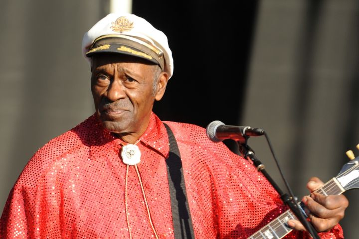 Chuck Berry, Pioneer of Rock 'N' Roll, Dead At 90
