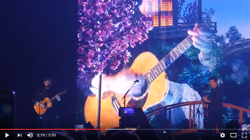 John Mayer surprises Toronto concertgoers with a Shawn Mendes duet! WATCH: