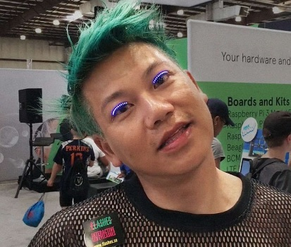LED eyelashes are like a dance party on your face!