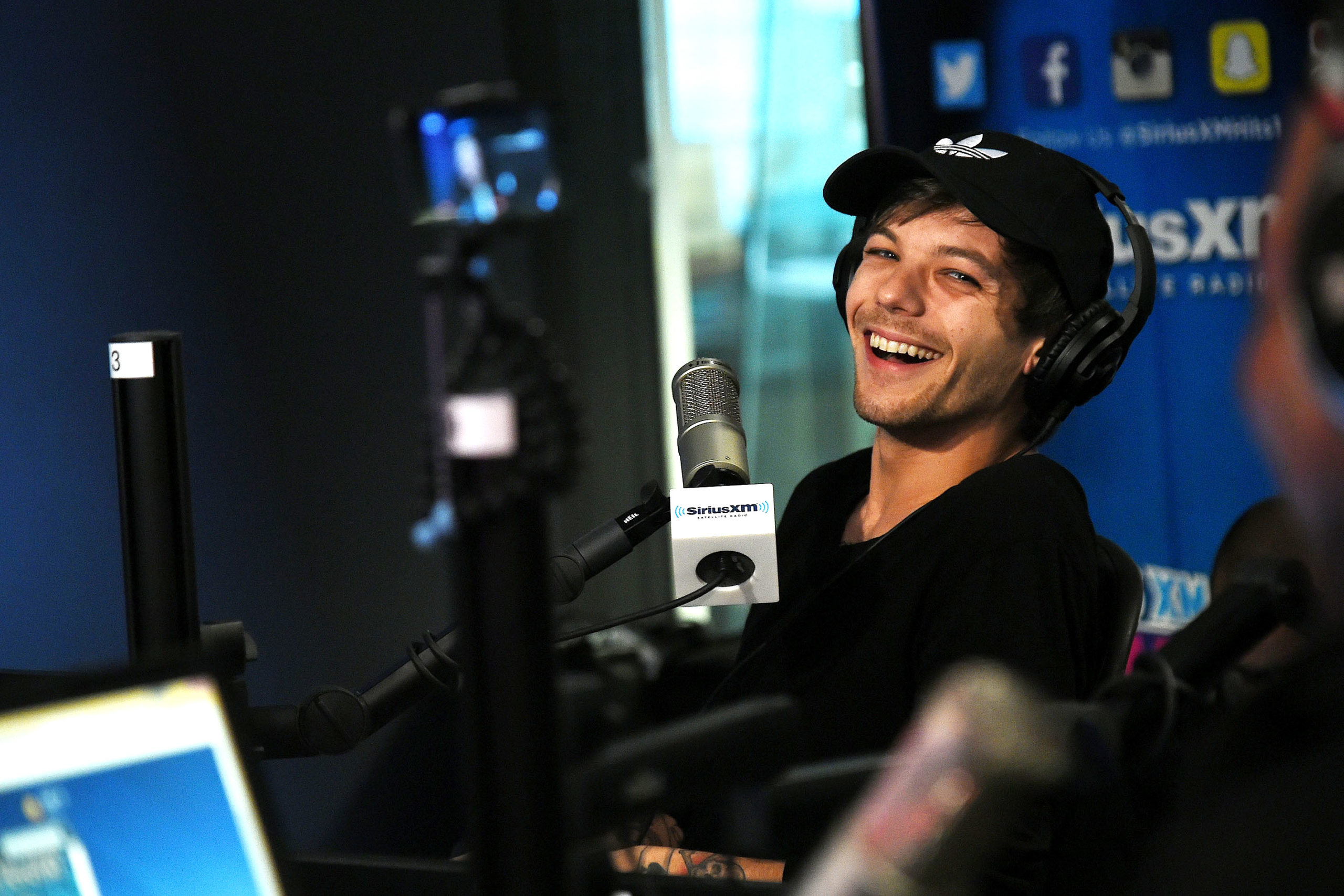 NEW MUSIC from Louis Tomlinson ft. Bebe Rexha [LISTEN]