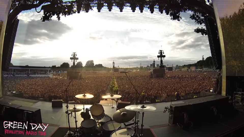 ICYMI: 65,000 Fans Waiting For Concert To Start Sing 'Bohemian Rhapsody' In Unison - WATCH