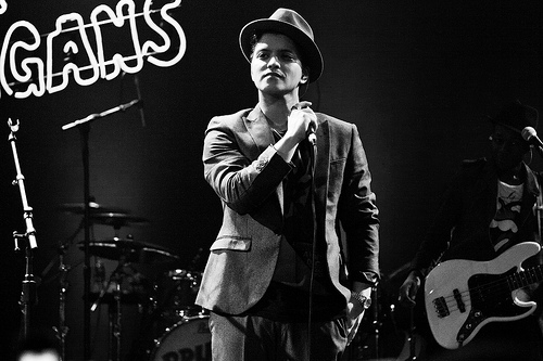 WATCH Bruno Mars' new video for 'Versace On The Floor'