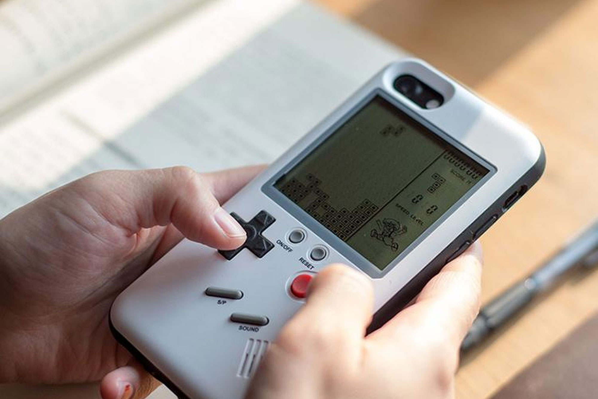 This Case Turns The Back Of Your iPhone Into A GAME BOY!