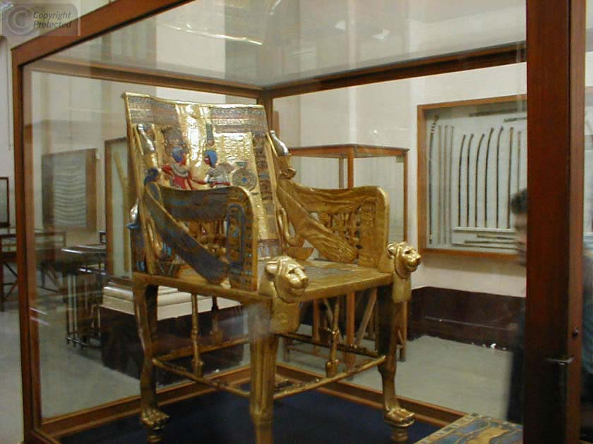 20-egypt-museum-tuts-throne_jpg