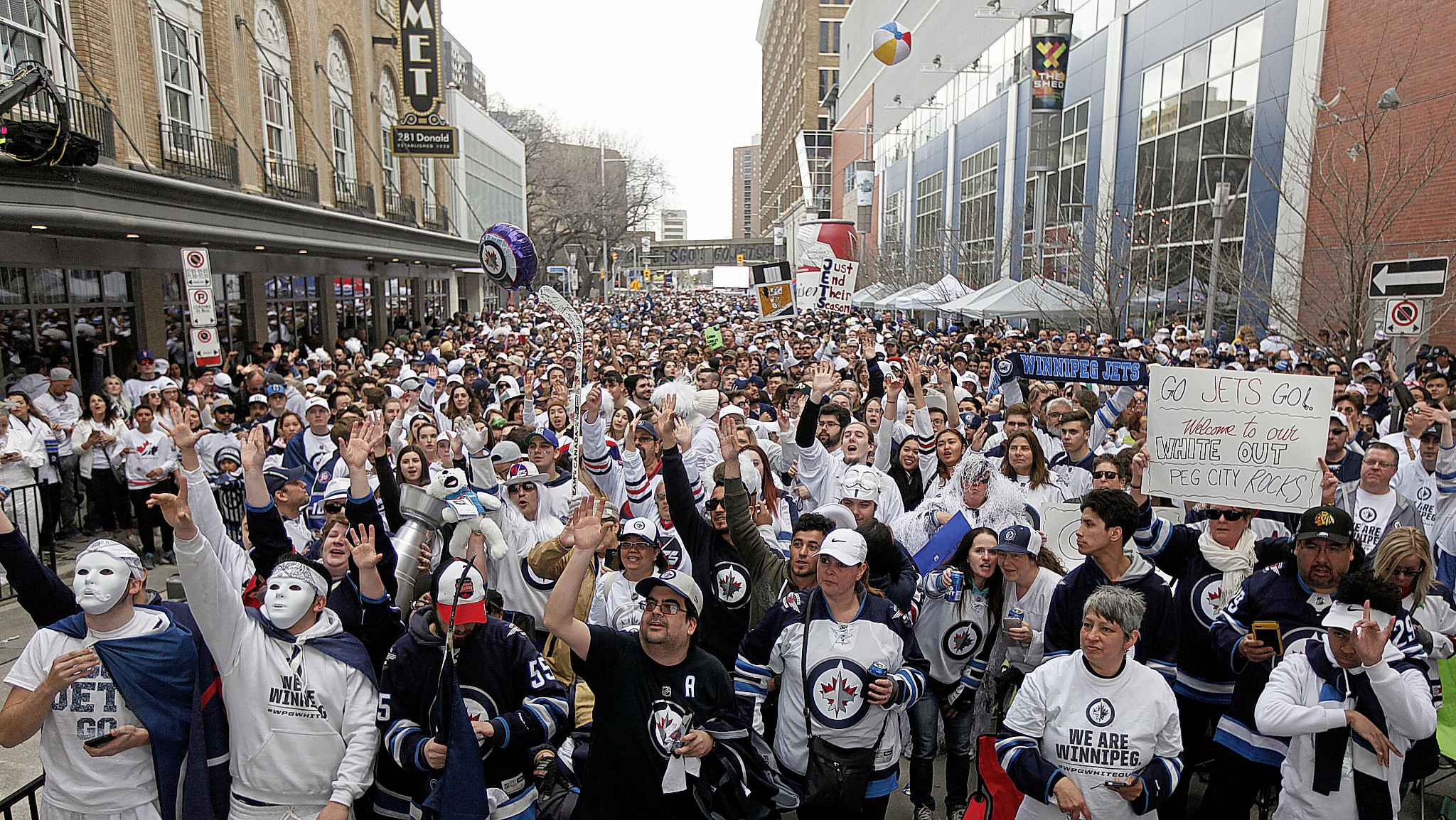 A perspective on Winnipeg and its Whiteout by The New York Times.